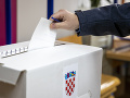 Chorvátsko si volí prezidenta: Deje sa tak len krátko pred prevzatím predsedníctva v EÚ