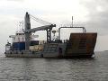 Zbadali podozrivé plavidlo: Britské námorníctvo zadržalo metamfetamín za milióny eur