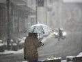 Počasie sa s nami zahráva: Sever Slovenska stále so snehom a závejmi