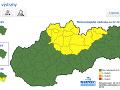 Výstrahy na Slovensku pred vetrom a snehovými závejmi