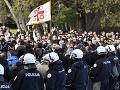 FOTO Protesty v Čiernej Hore: Poslanci prijali kontroverzný náboženský zákon