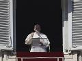 Pápež František vyzýva svetové mocnosti: Zabezpečte zdravotnú starostlivosť pre každého, vyhlásil