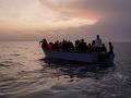 Migranti sa stále presúvajú smerom do Európy: Pri Turecku sa potopil ďalší čln