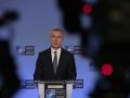 Šéf NATO aj Pompeo podporujú správu, že lietadlo zostrelila iránska raketa