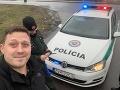 Karma ho dobehla: Člen Kotlebovej strany nadával policajtom, teraz sa na ňom všetci smejú