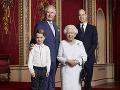 Kráľovná Alžbeta II., princ Charles, princ William a princ George