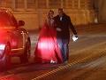 Pred druhou hodinou odchádzal aj politik Boris Kollár s dcérou Alexandrou.