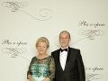 Branislav Sitár, slovenský jadrový fyzik, viceprezident Rady Európskej organizácie pre jadrový výskum (CERN) s manželkou Ľudmilou