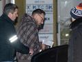 Dobroslav Trnka vypovedal pred vyšetrovateľmi: FOTO Po ôsmich hodinách ho odviezla policajná eskorta