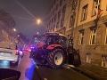 Kuriózna nehoda spôsobila chaos: