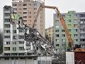 Dvojica obvinených v prípade výbuchu bytovky v Prešove ostáva na slobode