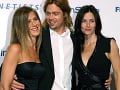 Jennifer Aniston a Brad Pitt s kolegyňou Courteney Cox