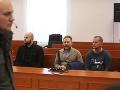 Zsolt Meszáros (vpravo) našiel zavraždeného podnikateľa z Kolárova spolu s Molnárovou sestrou