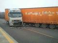 FOTO Vodiči, pozor: Diaľnica D1 v smere z Bratislavy je už prejazdná bez zdržania