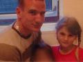 Otec ju znásilňoval osem rokov štyrikrát denne: Nech pyká aj za zabitie jej nenarodeného dieťaťa