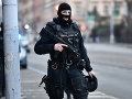 Dráma v českom parlamente! Útočník s nožom chcel zaútočiť na poslancov, spacifikovali ho