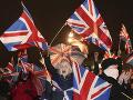 FOTO Dlho očakávaný brexit sa stal skutočnosťou: Ľudia v Londýne oslavujú aj smútia