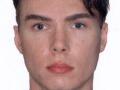 Láske nerozkážeš: Pornoherec, ktorý zabil a zjedol svoju obeť, sa vo väzení oženil s iným vrahom