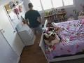 VIDEO Tajná kamera v detskej izbe načapala federálneho agenta pri strašnej nechutnosti