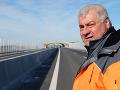 Minister Érsek skontroloval situáciu na úsekoch D4 a R7: Dokončovacie práce budú čoskoro hotové