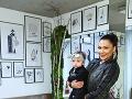 Alica prvý krát na klinike Inštitút estetickej medicíny v Pezinku aj s malou dcérkou Nelly.