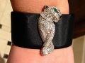V roku 2015 sa Kanye poriadne plesol po vrecku. Kim od svojho manžela dostala náramok Panthere De Cartier, ktorého hodnota je zhruba 70 tisíc dolárov.
