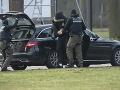 Ultrapravicová skupina údajne plánovala útoky na mešity v Nemecku, zatkli 12 ľudí
