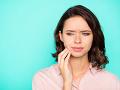 Slováci, pozor! FOTO Úrady varujú pred nebezpečnými výrobkami na bielenie zubov