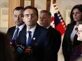 Predvolebné harakiri alebo zúfalý pokus! Galkovci si zavarili podporou koalície: DS sa rozpadá, zradca, odkazujú voliči