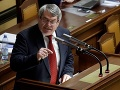 Podpredseda českej Poslaneckej snemovne sa zotavuje: Po infarkte ho prepustili z nemocnice