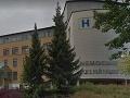 Krvavý útok v českej nemocnici: Pacient napadol nožom svojho spolubývajúceho, agresor skončil na psychiatrii