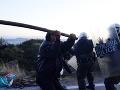 FOTO Na ostrovoch v Grécku prepukli zrážky ľudí s políciou, dôvodom sú tábory pre migrantov
