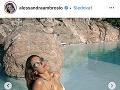 Alessandra Ambrosio má božské krivky.