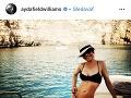 Aj Ayda Williams vyzerá bez šiat skvele.