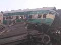 Zrážka vlaku a autobusu