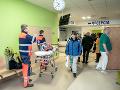 MIMORIADNY ONLINE Koronavírus u nás: Sedem prípadov, zavrú školu, ktorú navštevovali deti infikovaných