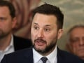 KORONAVÍRUS Nové opatrenia v Bratislave: Vallo odpovedal na otázky občanov