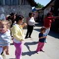 Rodičia častejšie chcú, aby sa ich deti nekamarátili s Rómami