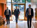 KORONAVÍRUS Ustanovujúca schôdza Národnej rady: Poslanci by mali byť s rúškami a rukavicami