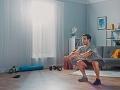 Pracujete v čase koronavírusu z domu? Tento 30-minútový TRÉNING vás dostane späť do formy