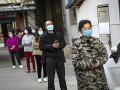 KORONAVÍRUS Čína už druhý deň po sebe nehlási žiadne nové domáce prípady nákazy
