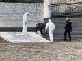 KORONAVÍRUS Dráma v Prahe: FOTO Z nemocnice ušiel nakazený pacient, vonku bol takmer polhodinu