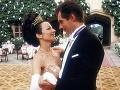 Timothy Dalton vo filme Kozmetička a zviera (1997)