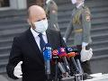 Minister obrany Jaroslav Naď neplánuje pokračovať vo viacerých armádnych projektoch