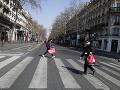 KORONAVÍRUS Francúzsko predĺži platnosť opatrení na obmedzenie sociálnych kontaktov