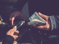 KORONAVÍRUS Experti varujú: Z pandémie najviac vyťaží mafia, takto sa bude snažiť zarobiť