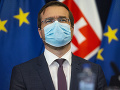 KORONAVÍRUS Operácie čakajúcich pacientov by sa mohli postupne obnoviť po sviatkoch, tvrdí Krajčí