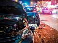 Pri dopravnej nehode vyhasol ľudský život: Osobné auto sa zrazilo s dodávkou
