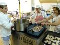 KORONAVÍRUS V školských jedálňach sa bude môcť pripravovať jedlo pre seniorov, potvrdil ÚVZ