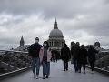 KORONAVÍRUS Britským médiám hrozia sankcie za šírenie nepodložených správ o novom víruse